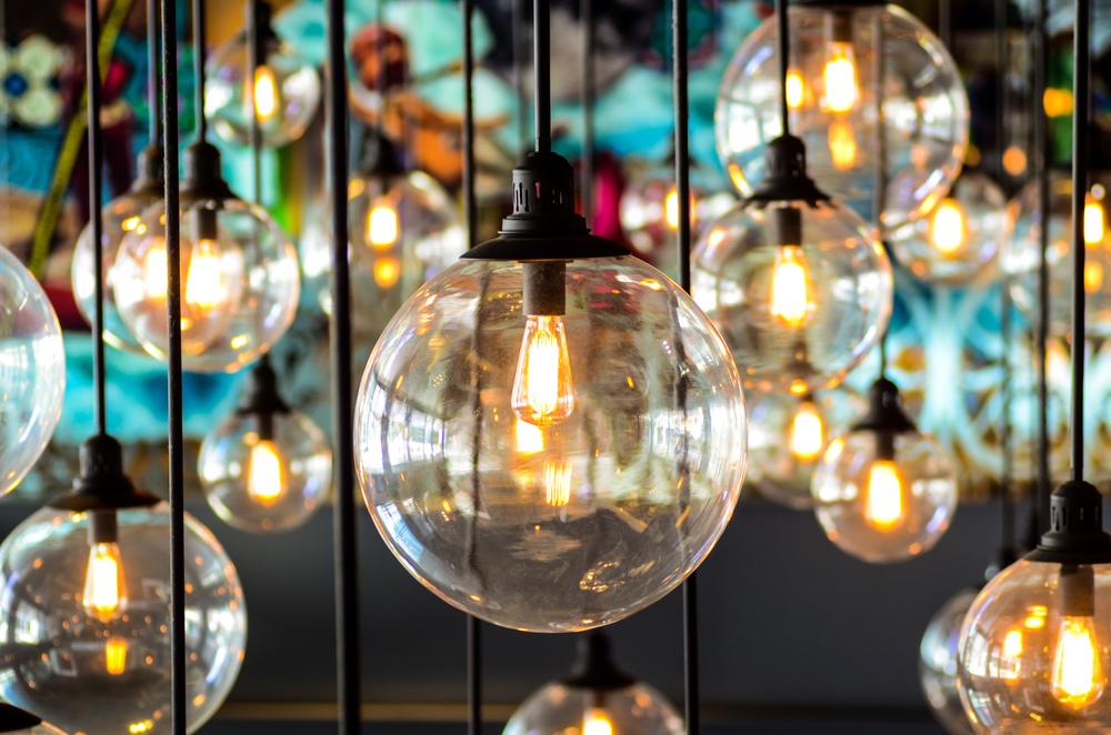 Image of vintage style lightbulbs
